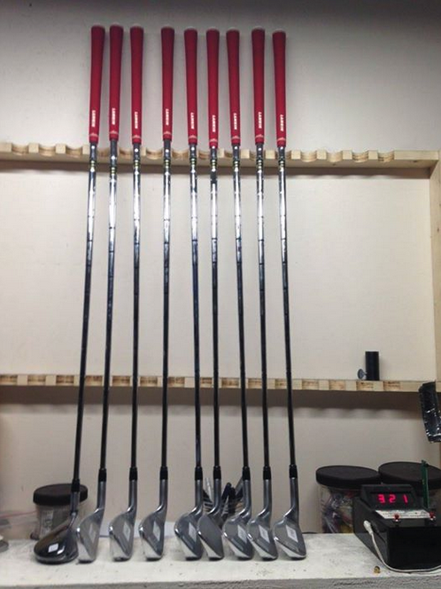Here's a photo of a single length set of Sterling Irons custom built by Fred at http://www.perfectliesgolf.com using Lamkin Golf Grips and True Temper S200 golf shafts